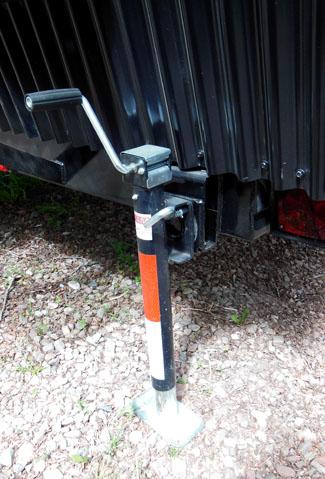 Trailer foundation stabilizer